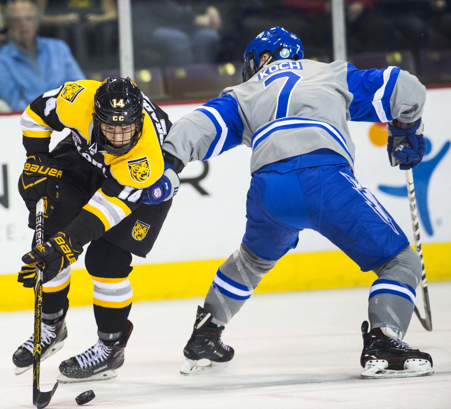 Colorado College, New Hampshire Hockey's Third-period Goal Explosion Results In Tie