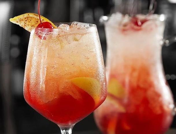 bar louie drink.jpg