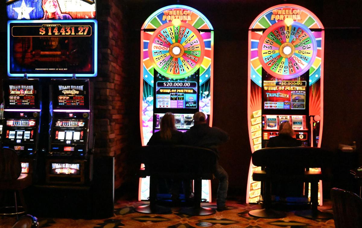 011221-news-gambling 02.jpg