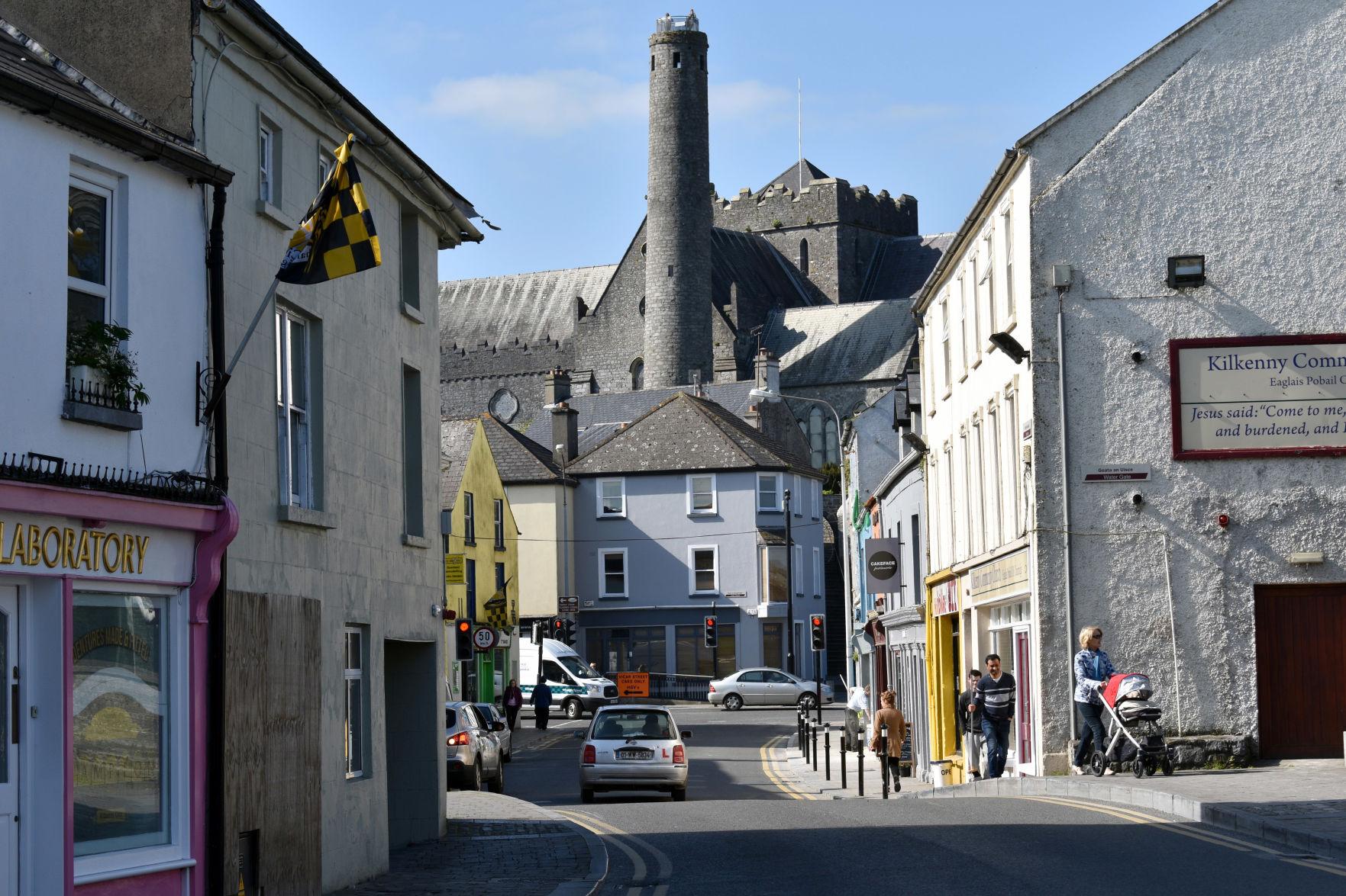 Modern In Charming Medieval KilkennyIreland Meets 1TlFJuKc3