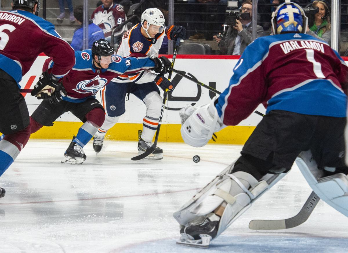 Avalanche overrun Oilers on the ice (copy)