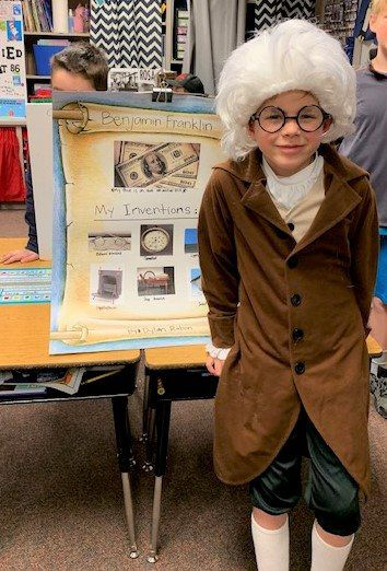 Second-graders turn famous Americans at Hall of Fame event