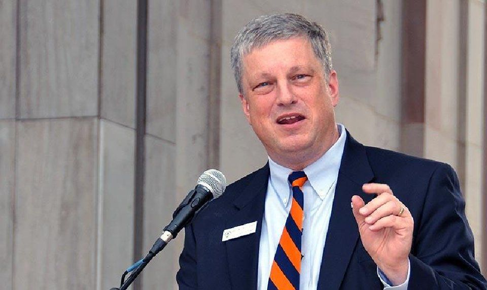 Colorado Secretary of State Wayne Williams addresses a rally for National Voter Registration Day on Sept. 22, 2015, in Denver's Civic Center Park. (Photo by Ernest Luning/The Colorado Statesman)