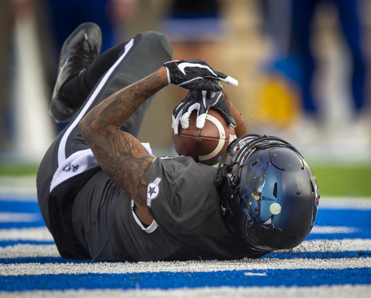 112318-s-airforcefootball