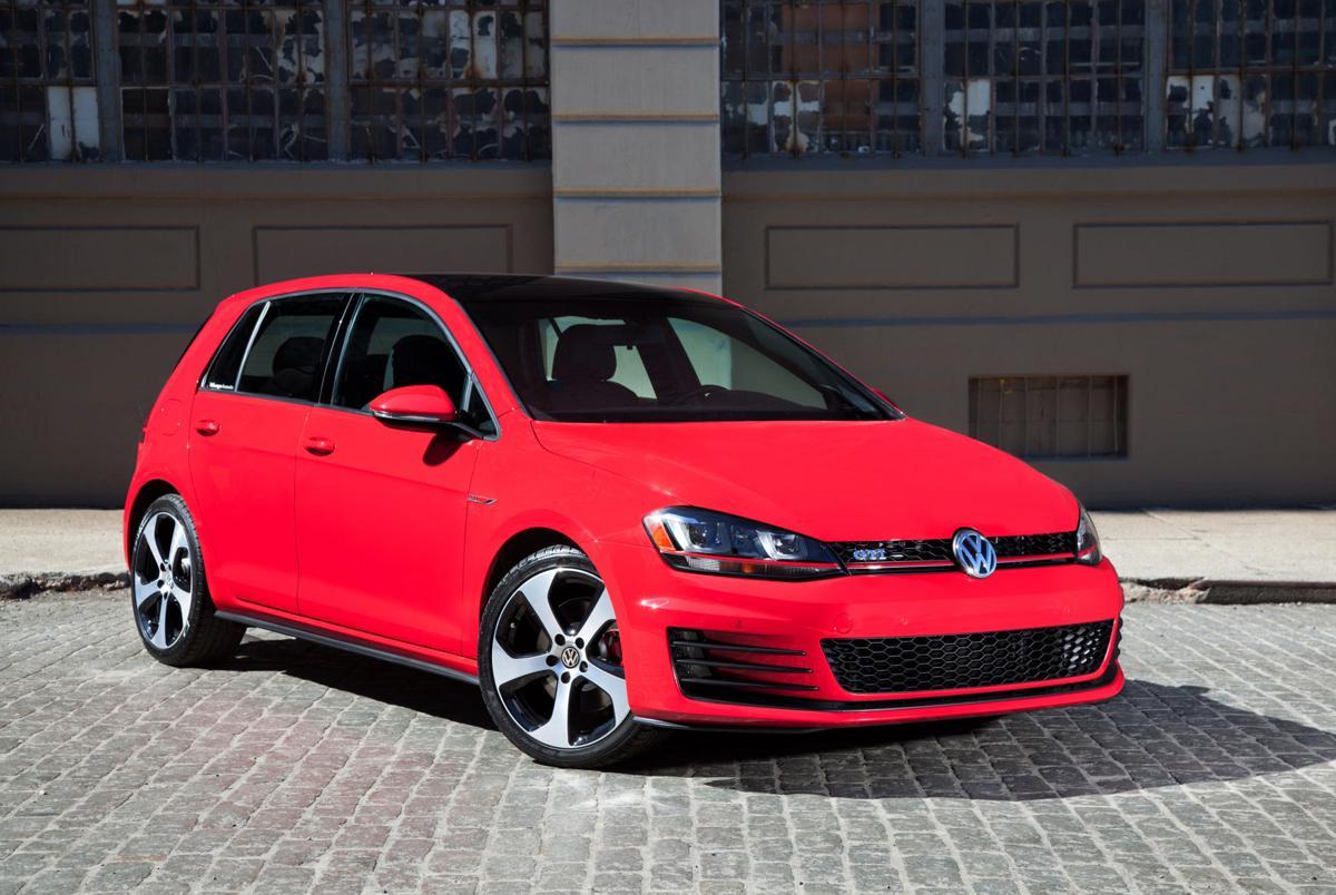 2015 Volkswagen Golf GTI: Original hot-hatch gets more dynamic