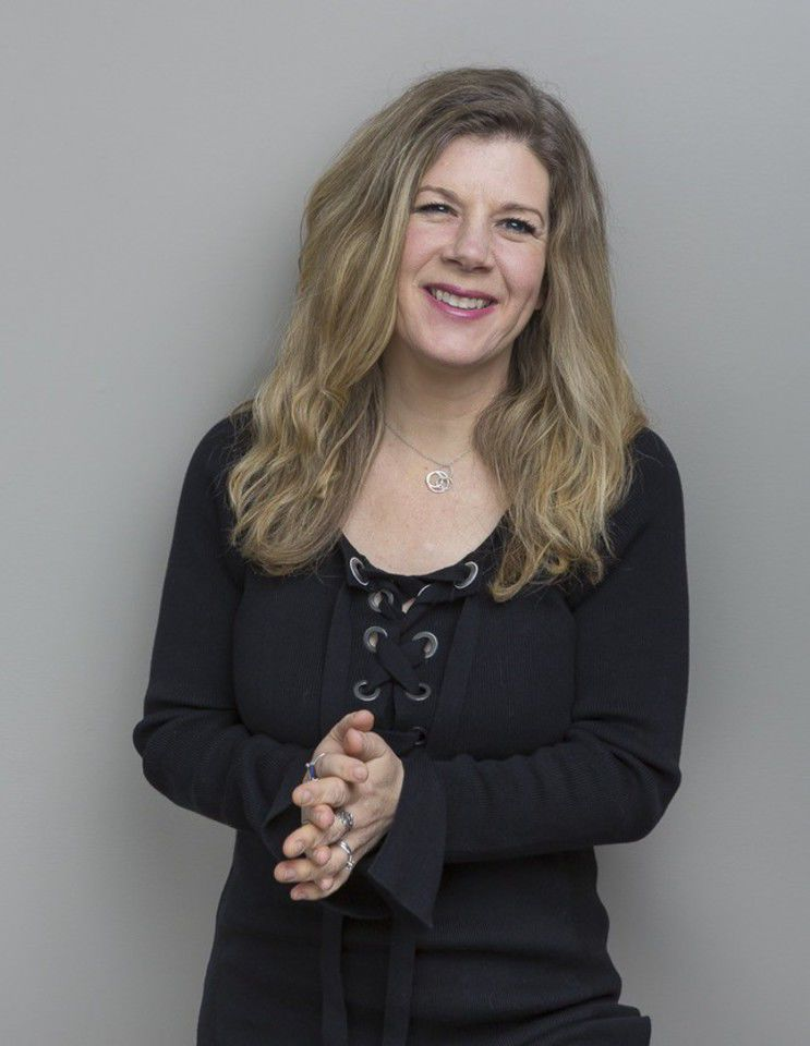 Renowned folksinger Dar Williams brings music and ideas about town revitalization to Colorado Springs