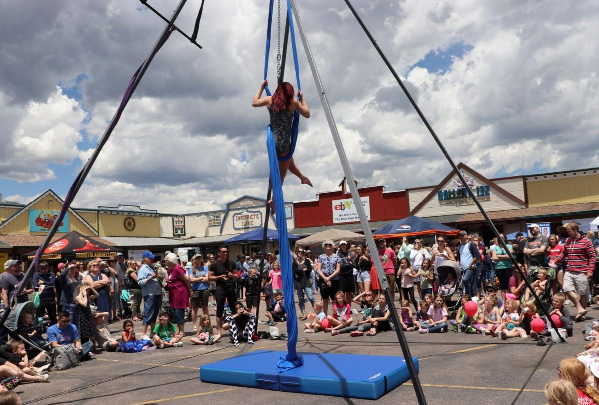 Cirque du Monument marries fun and charity