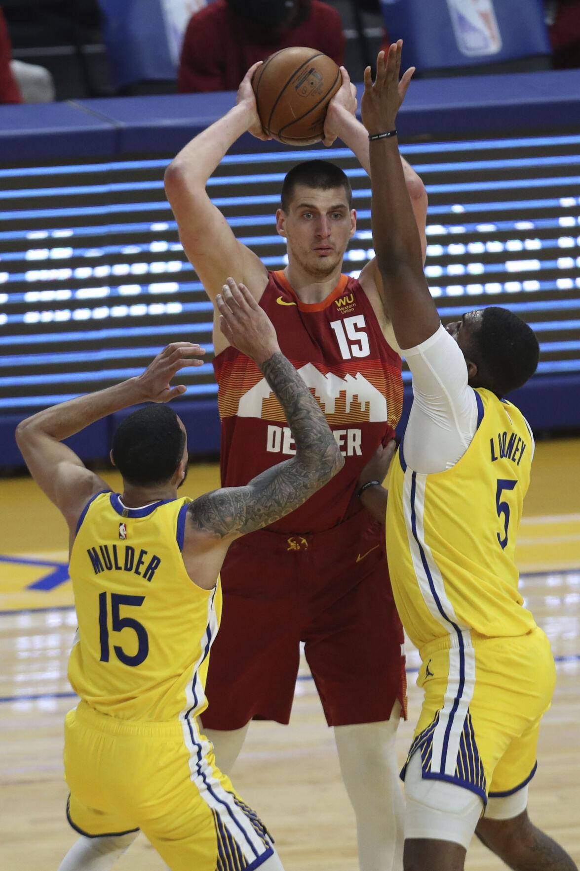 Nuggets Warriors Basketball Jokic (copy)