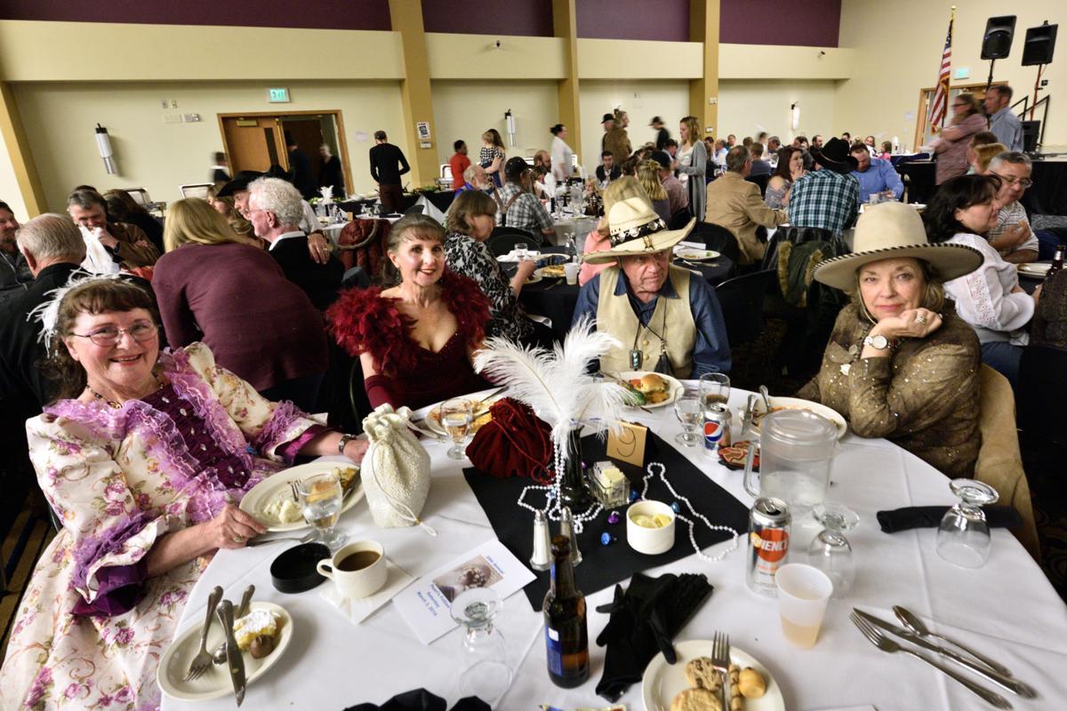 GCVS members at Pearl's Follies