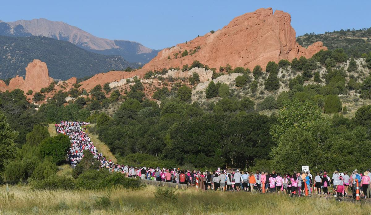 Thousands turn up to support breast cancer research in Race for the Cure