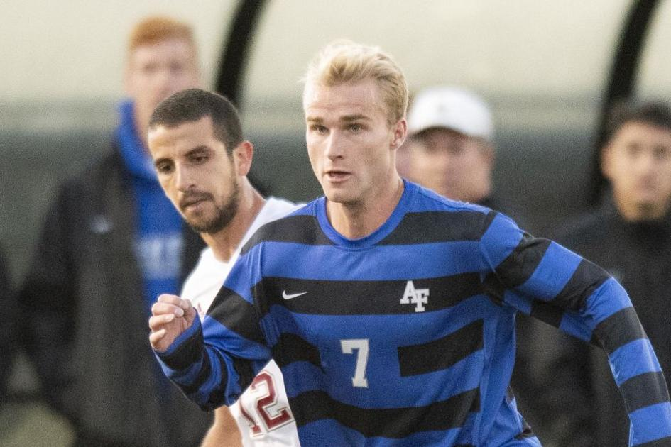 Air Force's remaining fall sports cancelled; Mountain West puts sights on winter sports