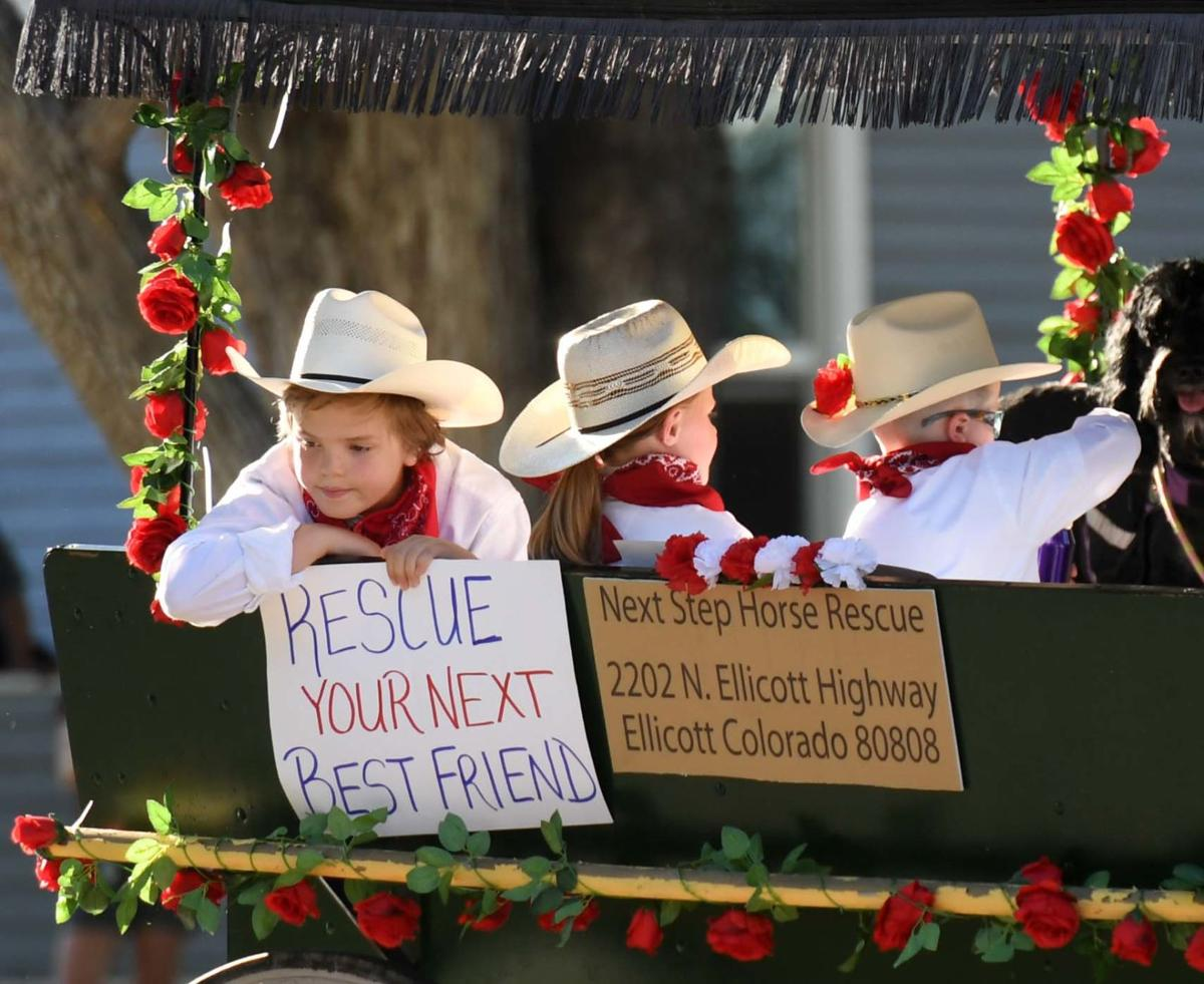 Pikes Peak or Bust Rodeo Parade kicks off Western event