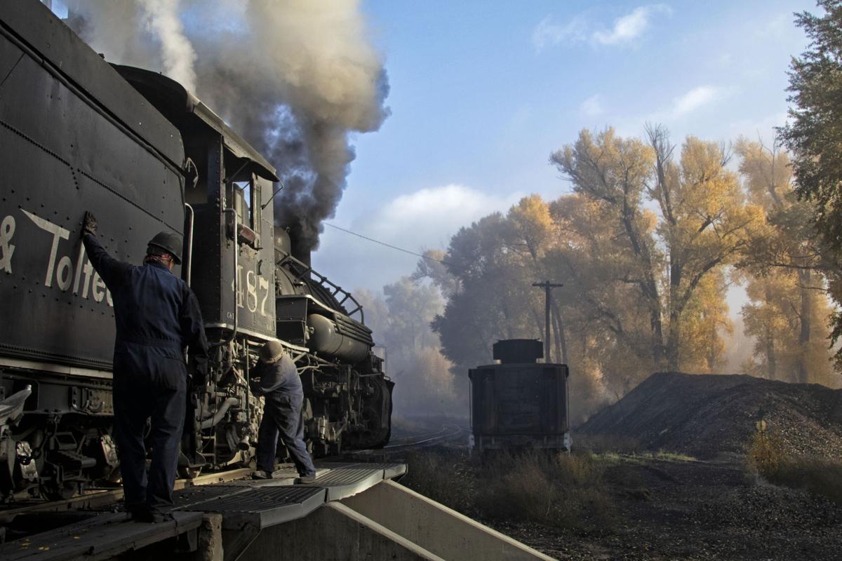 TRAVEL-TRAINS