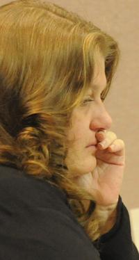 Jury gets foster mom's child abuse death case