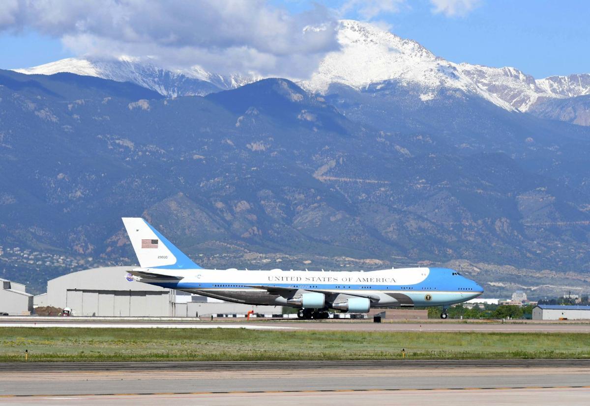 503119-news-arrival-president 354 .jpg
