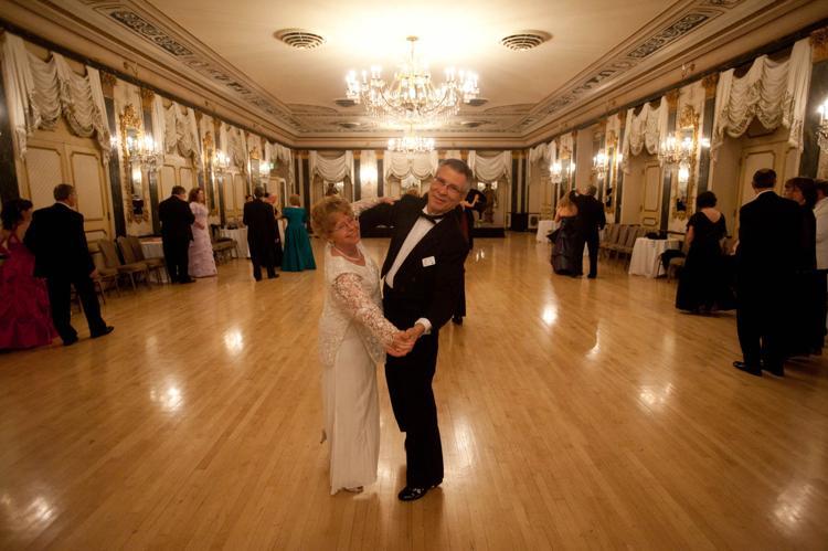 091818-ce-broadmoor-waltz-club