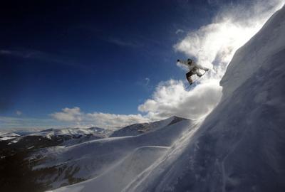 042819-bots-best-ski-area breckenridge