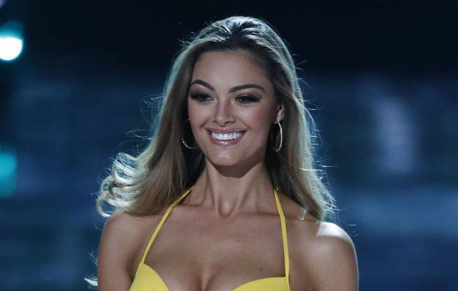 Miss Universe (copy)