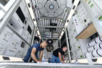 2019 Space Symposium-Interactive Deep Space Habitat (copy)