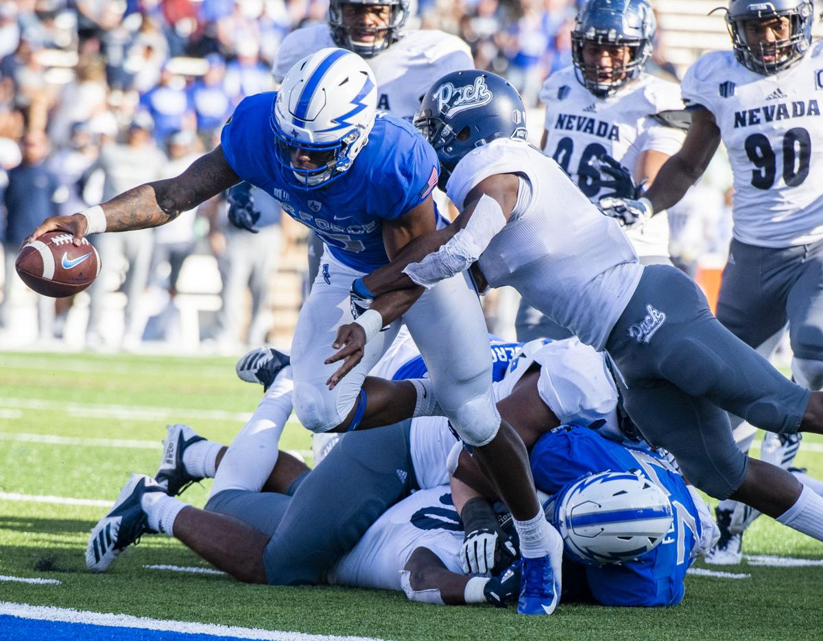 102918-s-airforcefootball