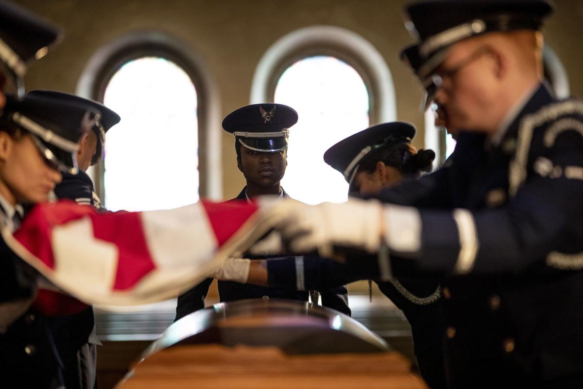 Community pays respects to Tuskegee Airman