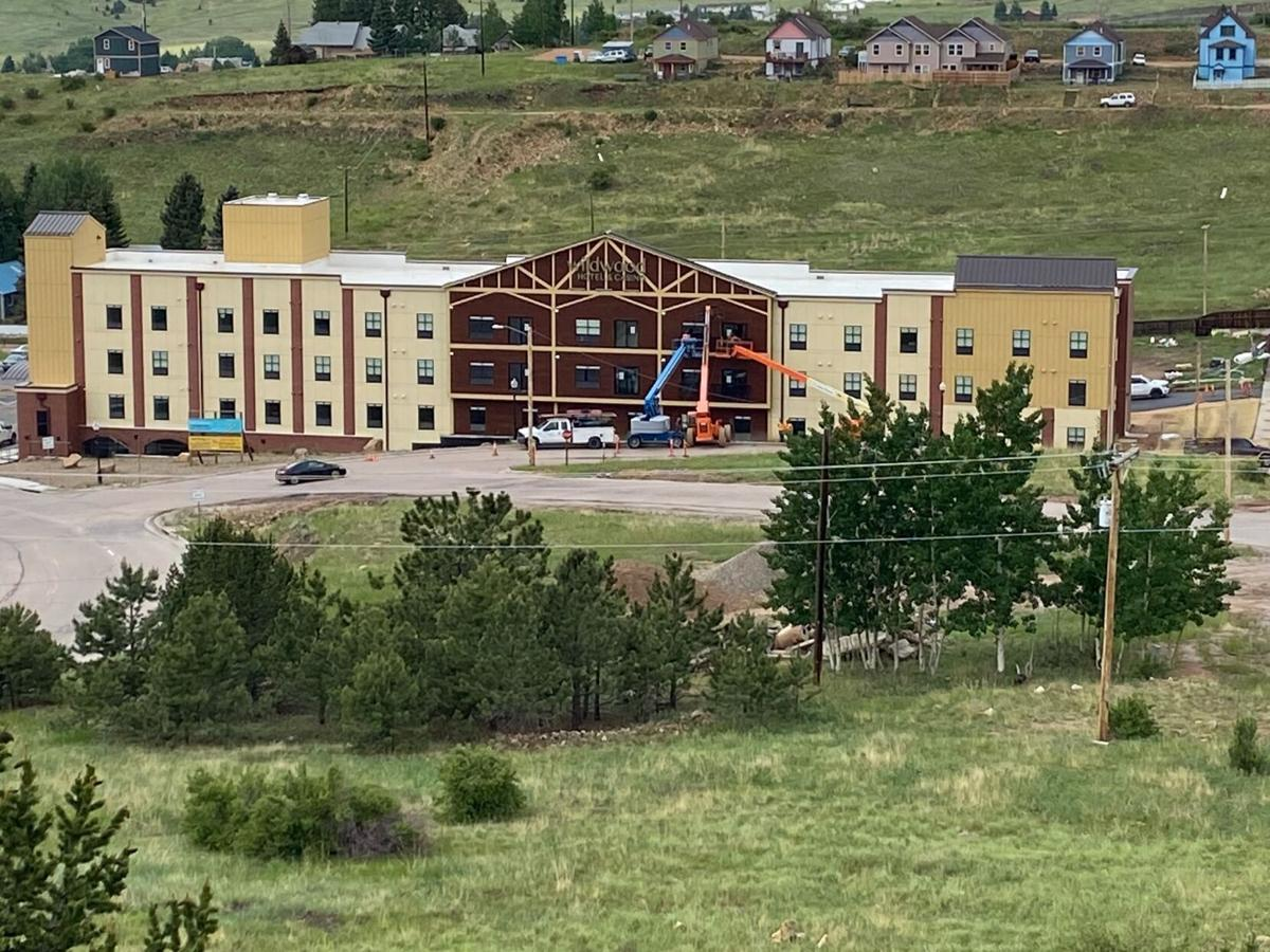 Wildwood Hotel-exterior