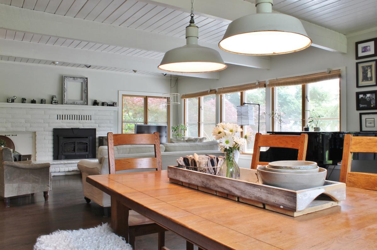 Astonishing 10 Home Design Trends For 2018 Lifestyle Gazette Com Home Interior And Landscaping Ologienasavecom