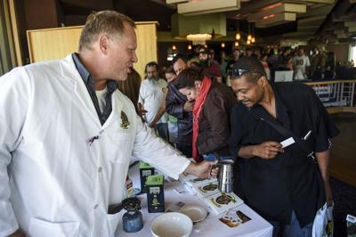 About a 1,000 people show up for veterans pot giveaway