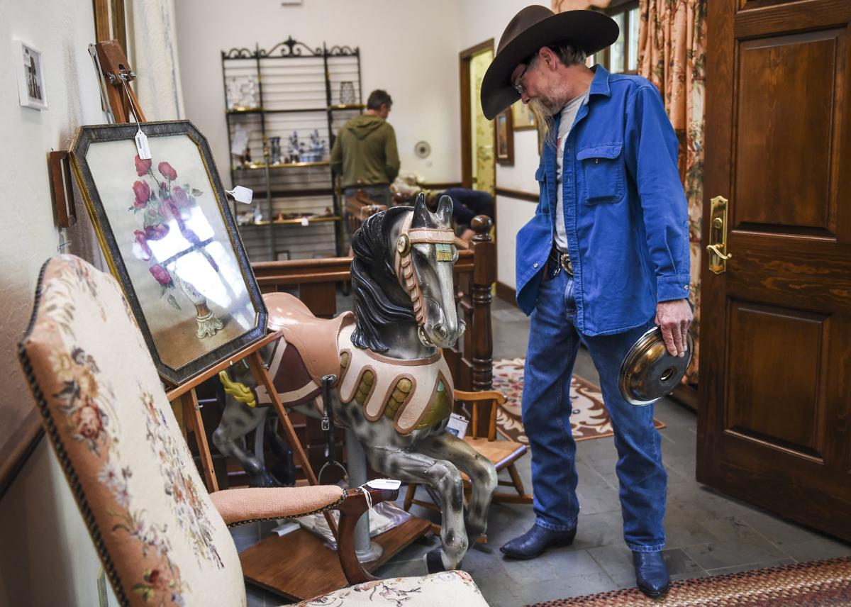 Broadmoor area estate packed with 'jaw dropping' items lures shoppers