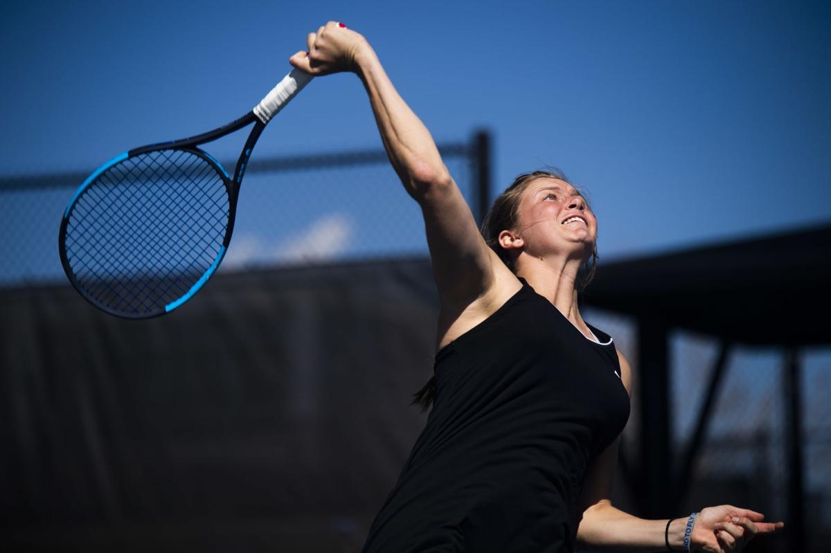 042019-s1-tennis-afa-women 04