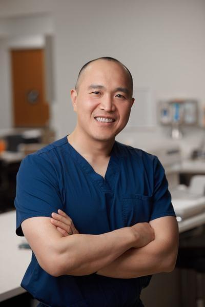 Dr Vinh Chung