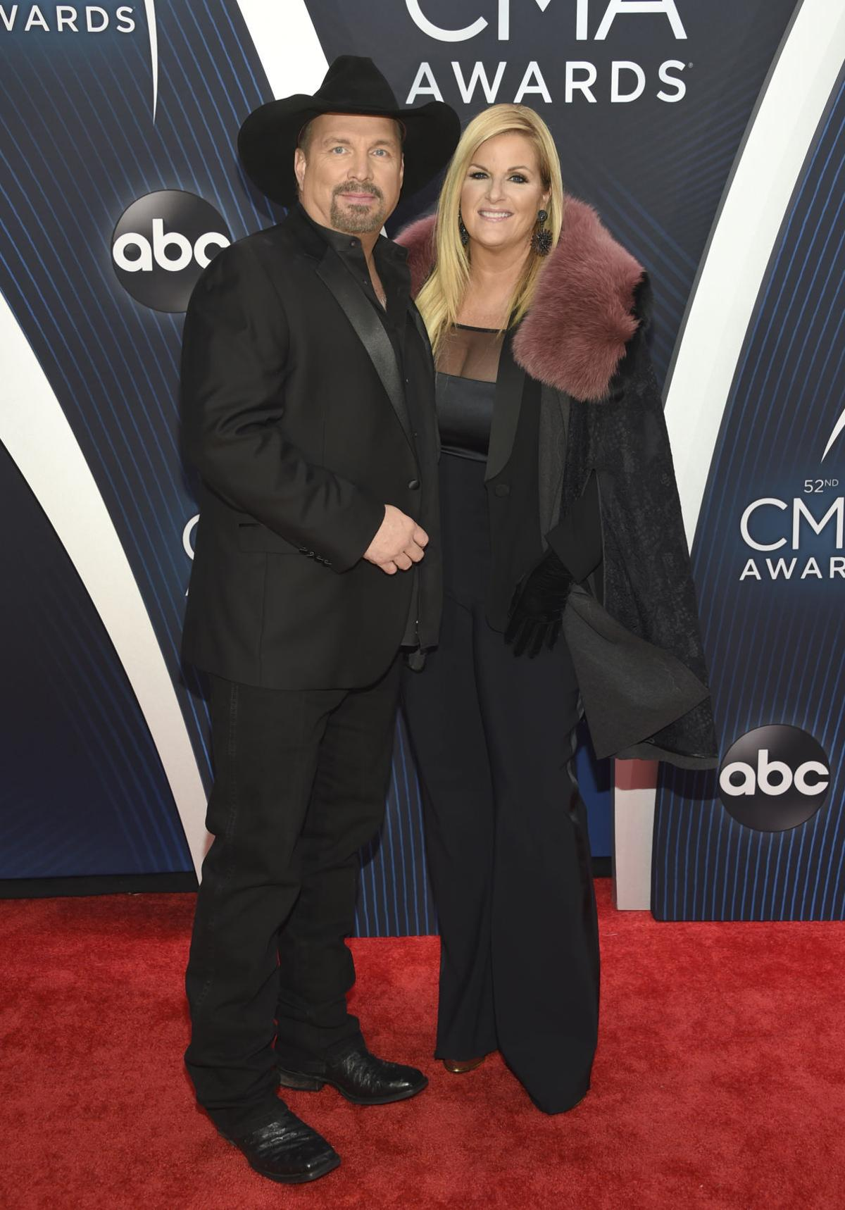 52nd Annual CMA Awards - Arrivals