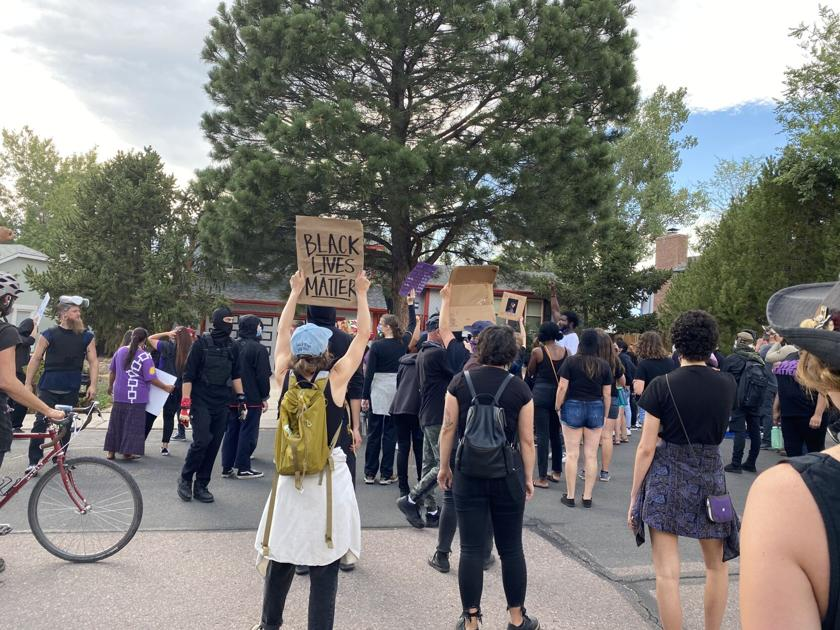Protesters demonstrate in neighborhood of Colorado Springs police officer involved in death of De'Von Bailey