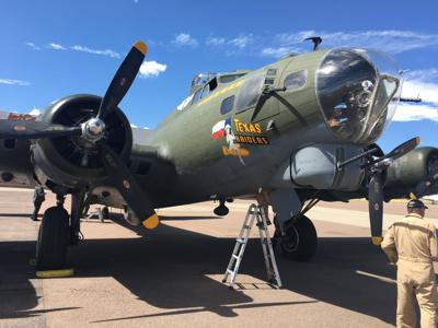 A flight on a B-17 reminds you of when all of America took off | Vince Bzdek