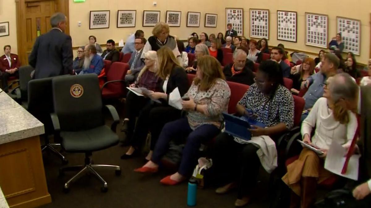Colorado sex education bill advances in Senate