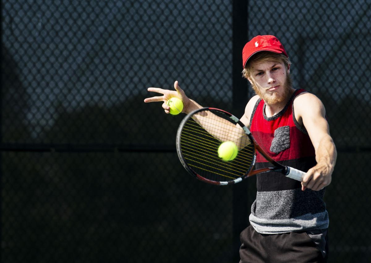 081418-s-boys tennis-002.JPG