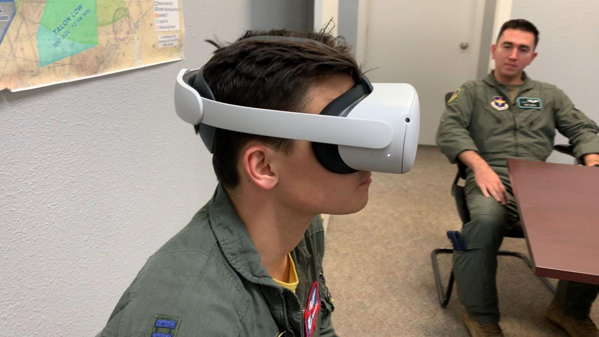 Virtual reality training-Moth+Flame-2