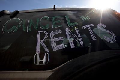 013121-dg-rentprotest 09.jpg