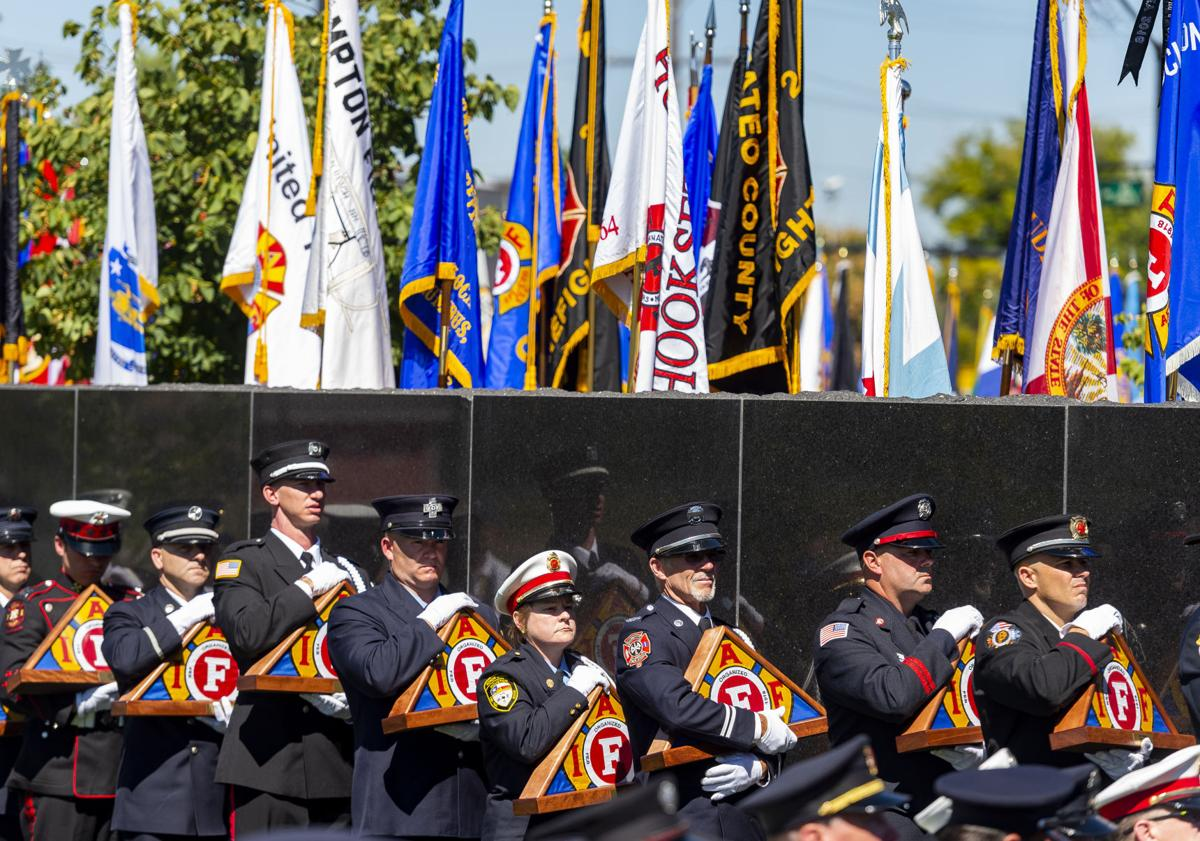 091618-news-firefightergallery
