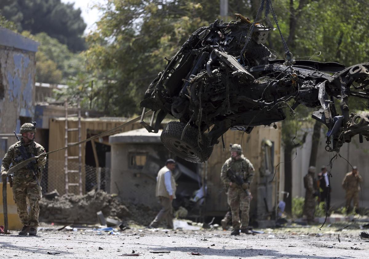 Kabul attack kills US, Romanian soldier, 10 Afghan civilians