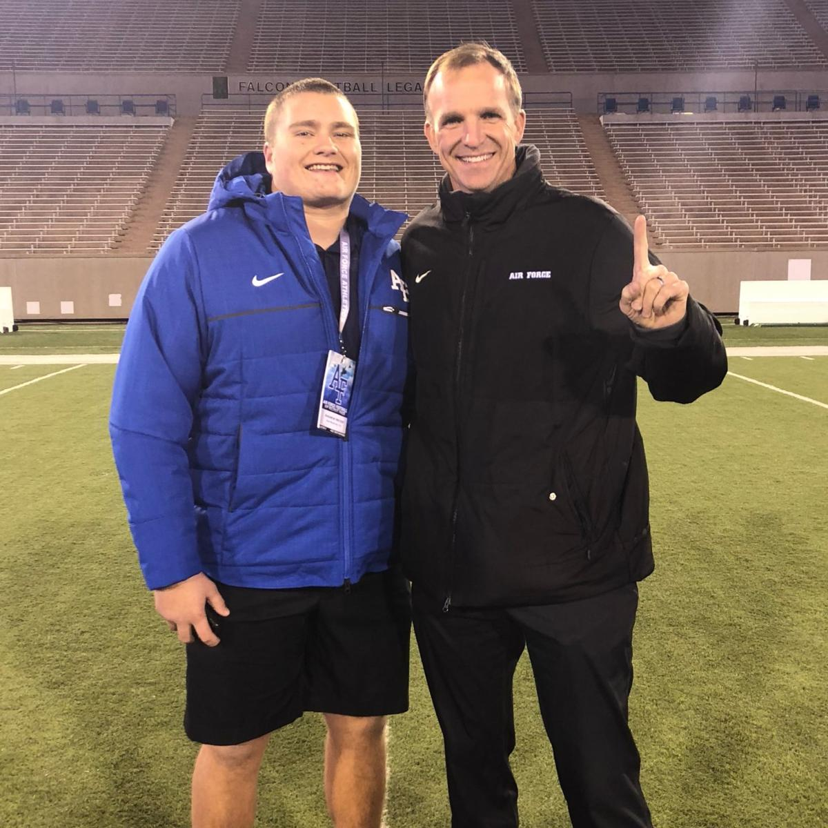 """Air Force football recruit cites """"dishonesty"""" in reversing his commitment"""