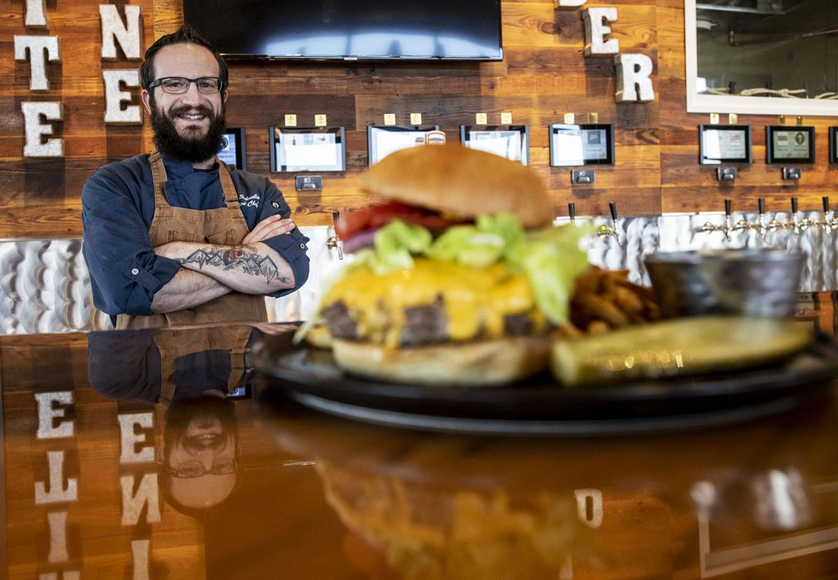 052020-food-mainburgers 02