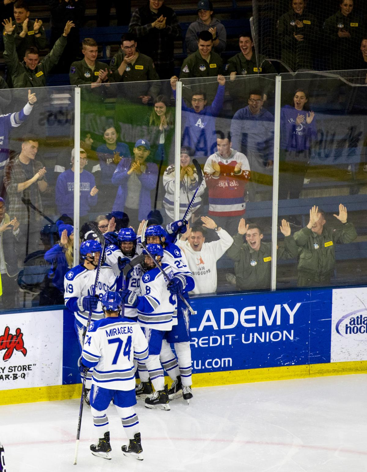 Air Force nabs win, tie in two-game series against Holy Cross Crusaders