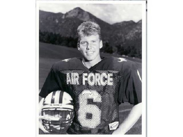 David Ramsey: Dee Dowis overcame so much to become Air Force's greatest offensive player