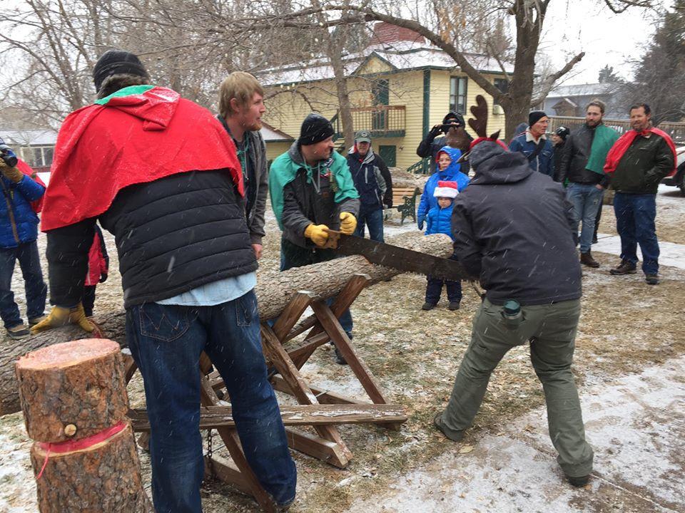 Palmer Lake Yule Log Hunt a continuing Christmas tradition