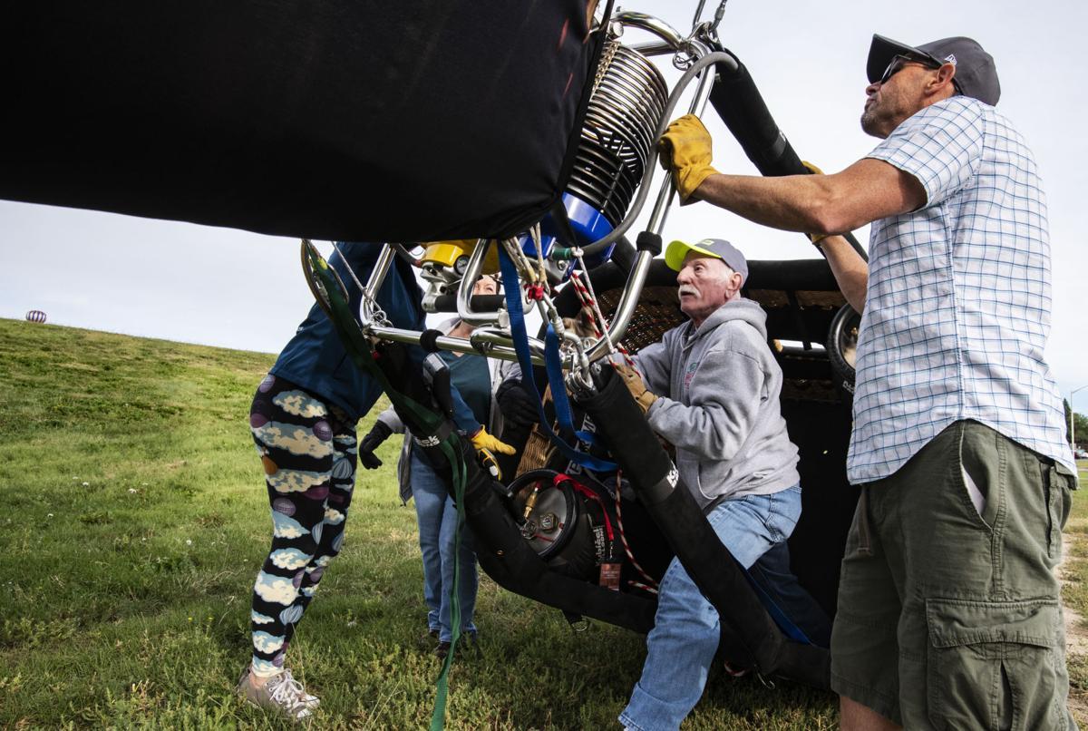 090218-news-balloonliftoff-0314.jpg
