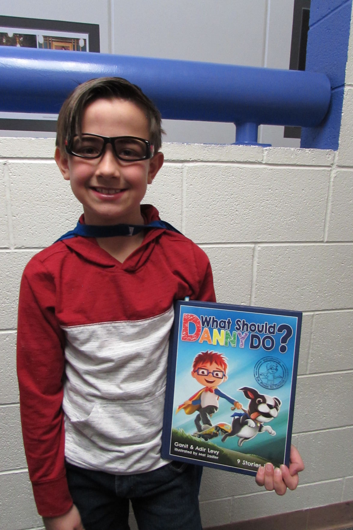 Storybook characters come to life at Columbine Elementary School