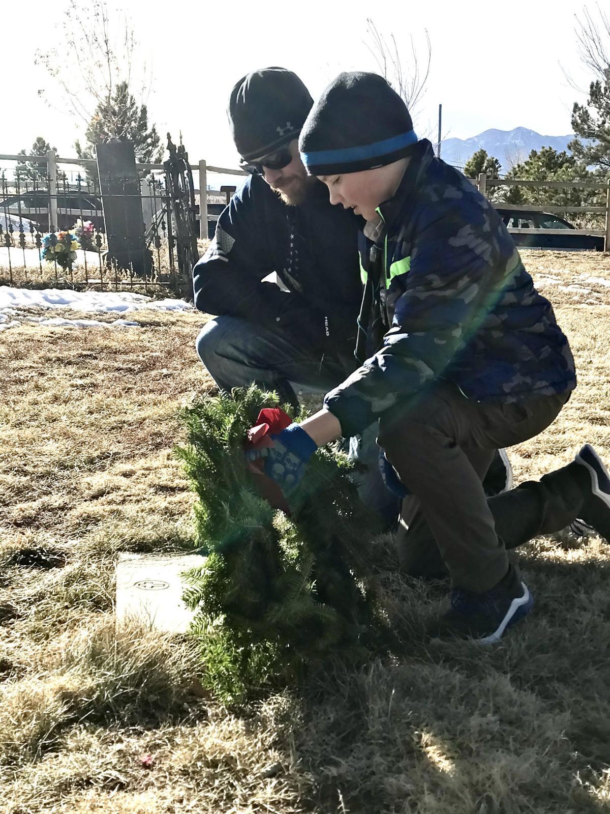 121320-news-wreaths2