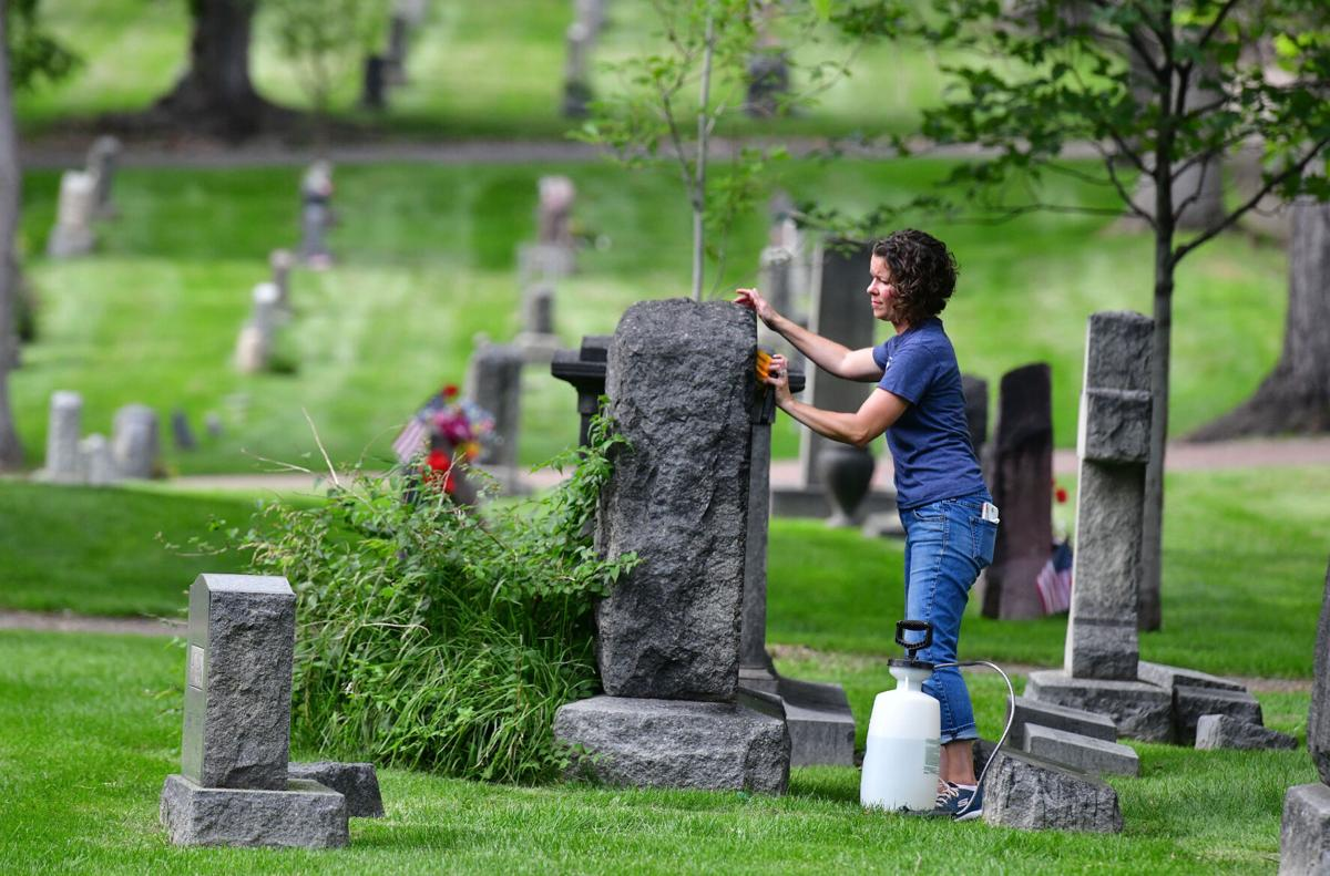 090620-life-cemetery 01.JPG