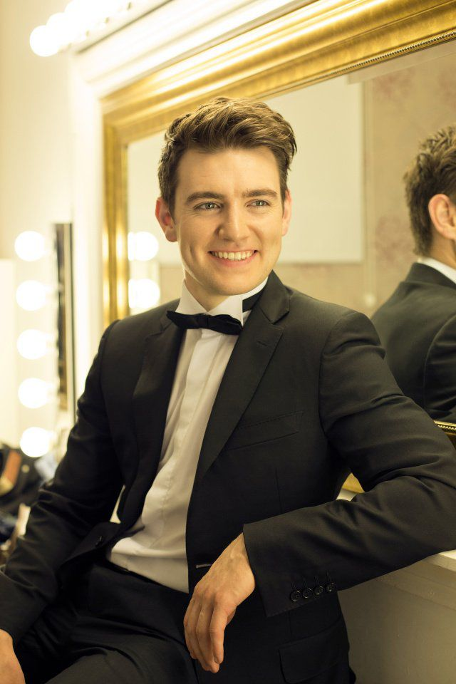 (TRIBUNE) Tenor Emmet Cahill brings Irish favorites to Monument